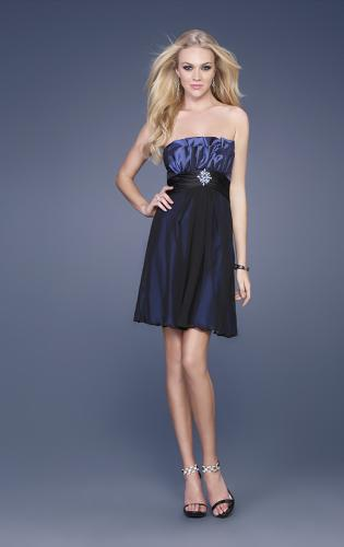 Picture of: Taffeta and Chiffon Short Gown with Beaded Broach, Style: 15506, Main Picture