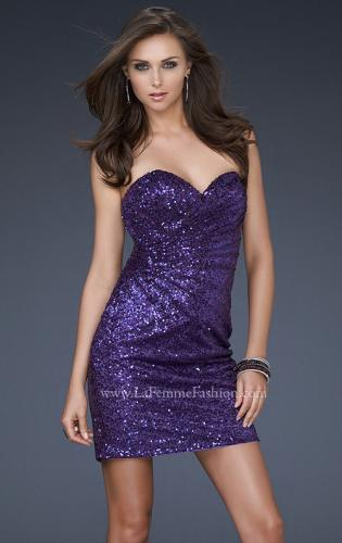 Picture of: Fully Sequined Short Dress with Sweetheart Neckline, Style: 17039, Main Picture