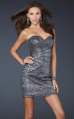 Picture of: Fully Sequined Short Dress with Sweetheart Neckline, Style: 17039, Detail Picture 2