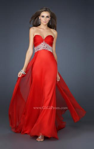 Picture of: Sweetheart Neck Long Gown with Intricate Beading, Style: 17602, Main Picture