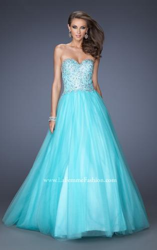 Picture of: Ball Gown with Full Tulle Skirt and Sweetheart Neckline, Style: 19940, Main Picture