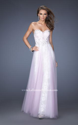 Picture of: Strapless Sweetheart Prom Dress with Lice Lining and Tulle, Style: 19967, Main Picture