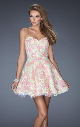 Picture of: Short Cocktail Dress with Sweetheart Neck and Lace Detail, Style: 20247, Detail Picture 1