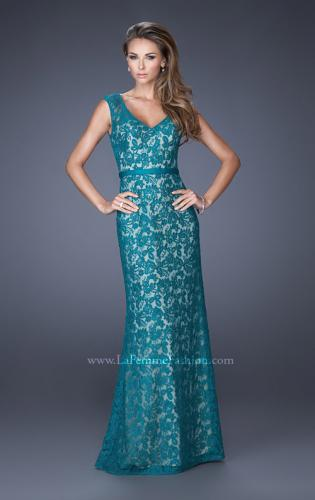 Picture of: Bold Lace Dress with V Neckline and Thin Belt, Style: 20450, Detail Picture 1