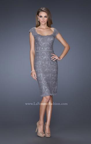 Picture of: Lace Dress with Cap Sleeves and a Thin Belt, Style: 20481, Detail Picture 2