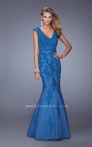 Picture of: Long Lace Sleeveless Mermaid Dress with V Neckline, Style: 20918, Detail Picture 1