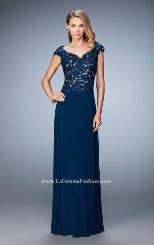 Picture of: Graceful Gown with Sweetheart Neck and Cap Sleeves, Style: 21767, Main Picture