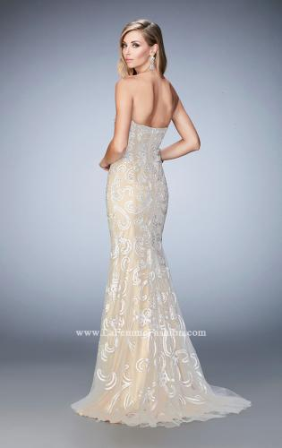 Picture of: Embroidered Prom Gown with Sweetheart Neck and Train, Style: 22931, Back Picture