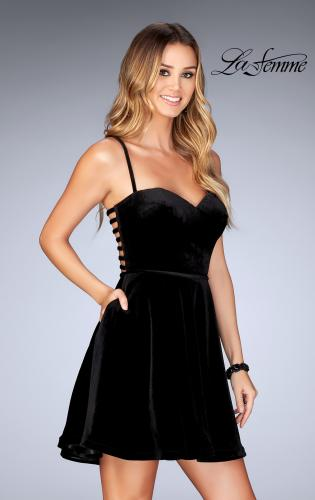 Picture of: Sweetheart Neckline Short Velvet Homecoming Dress, Style: 25108, Main Picture