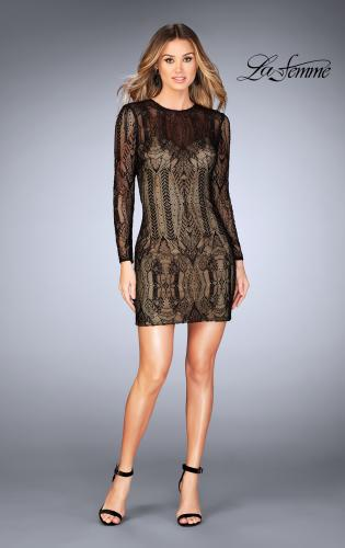 Picture of: Short Lace Dress with Long Sleeves and Open Back, Style: 25289, Detail Picture 1