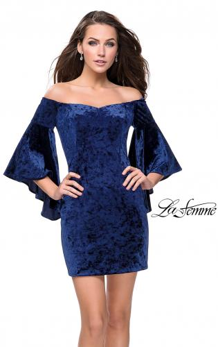 Picture of: Trendy Velvet Dress with Off the Shoulder Bell Sleeves, Style: 26640, Detail Picture 1