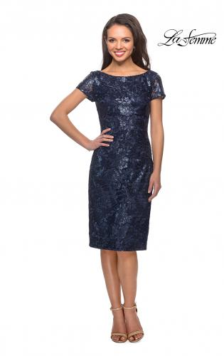 6c4cf81e01 ... Back Picture of  Knee Length Lace Dress with Short Sleeves