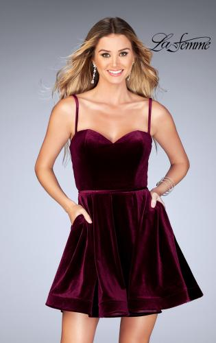 Picture of: Sweetheart Neckline Short Velvet Homecoming Dress, Style: 25108, Detail Picture 1