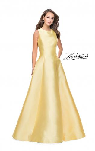 Picture of: Long Mikado Ball Gown with Boat Neck and Criss Cross Back, Style: 25425, Detail Picture 2