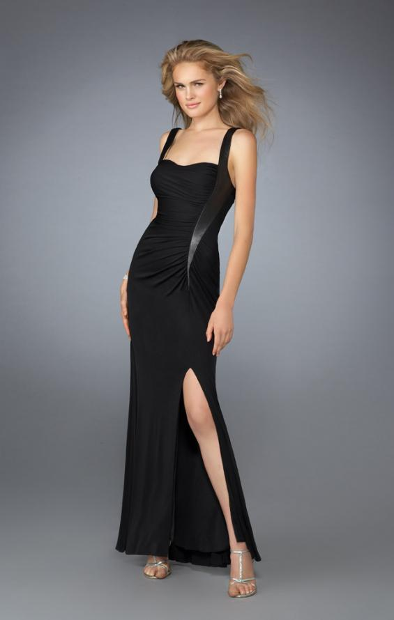 Picture of: Sweetheart Neckline Ruched Dress with Low Back in Black, Style: 13670, Main Picture