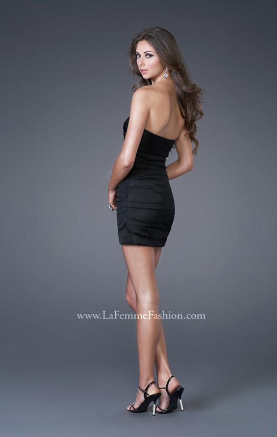 Picture of: Form Fitting Pleated Dress with Sweetheart Neck in Black, Style: 15841, Back Picture