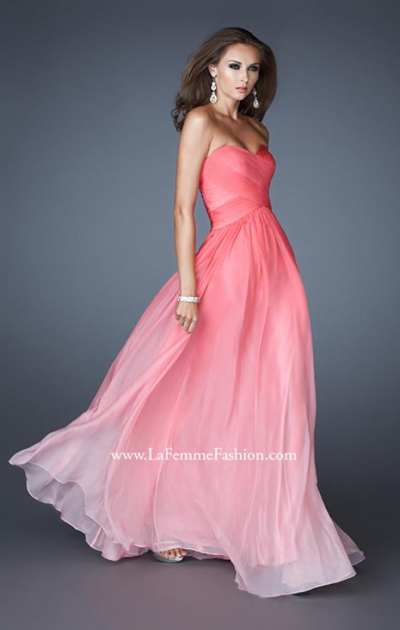 Picture of: Ombre Chiffon Prom Gown with Sweetheart Neckline, Style: 17004, Detail Picture 3