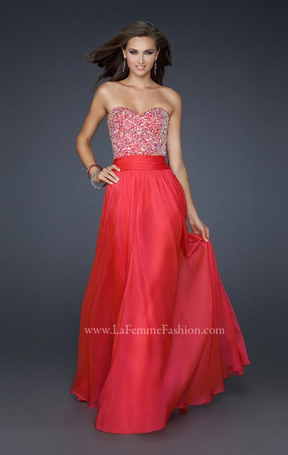Picture of: Strapless Chiffon Dress with Pleated Waistband in Pink, Style: 17498, Detail Picture 1
