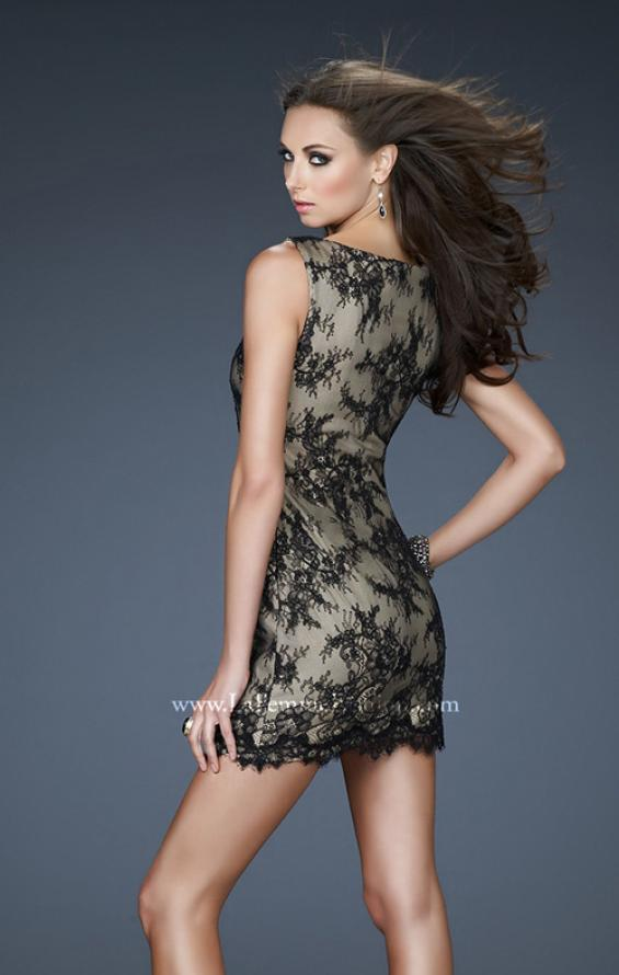 Picture of: V Neck Lace Cocktail Dress with Scalloped Hem in Black, Style: 17728, Back Picture