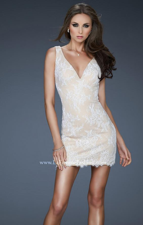 Picture of: V Neck Lace Cocktail Dress with Scalloped Hem in White, Style: 17728, Detail Picture 1