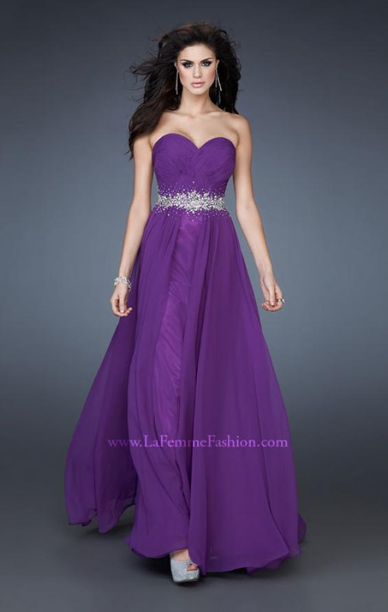 Picture of: Sweetheart neckline Flowing Gown with Ruched Bodice, Style: 18001, Main Picture