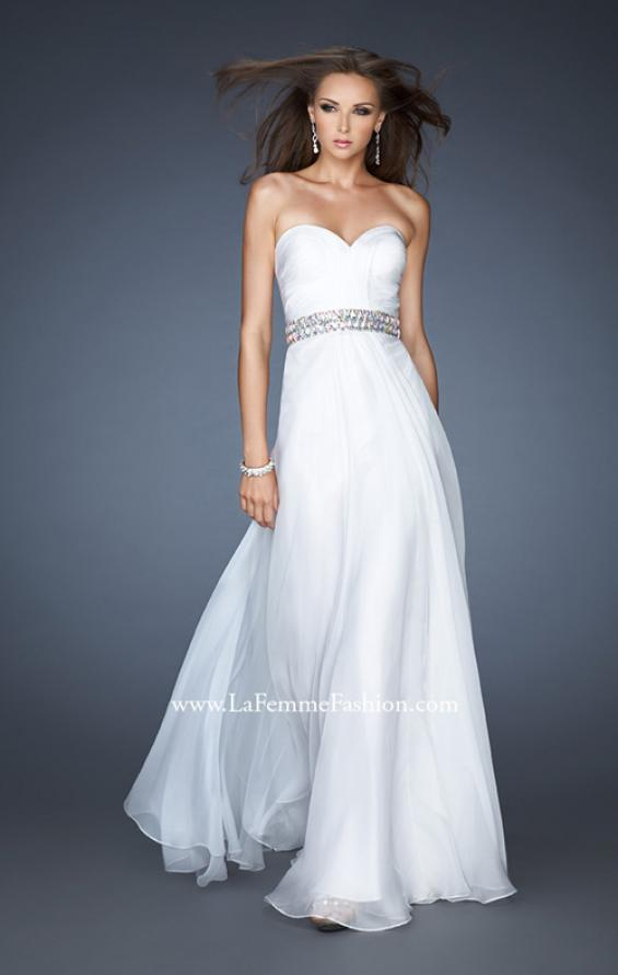 Picture of: Sweetheart Neckline Chiffon Gown with Rhinestone Belt, Style: 18471, Detail Picture 2