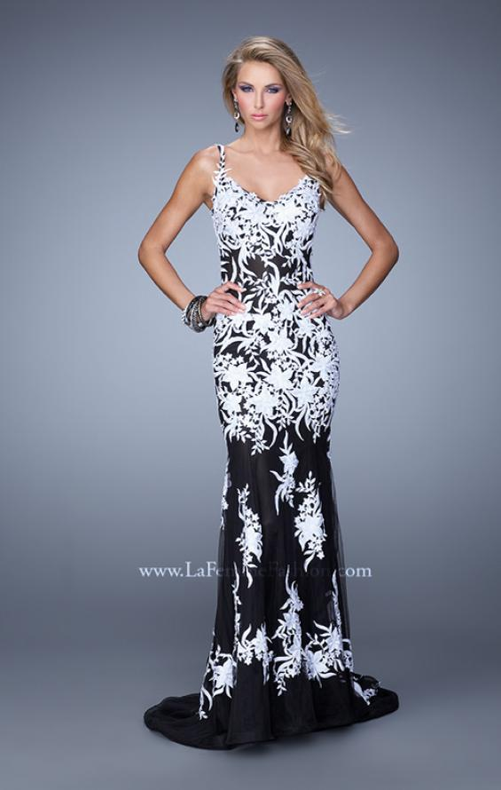 Picture of: Mermaid Style Prom Dress with Thin Straps and Train in White, Style: 19835, Detail Picture 3
