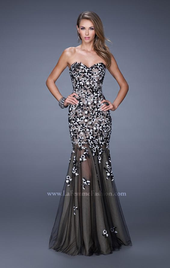 Picture of: Sweetheart Gown with Sheer Tulle Skirt and Lace Detail in Black, Style: 20424, Detail Picture 1
