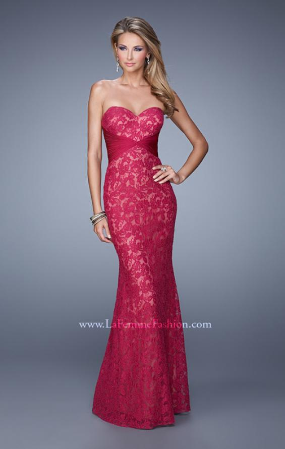 Picture of: Lace Sweetheart Neckline Gown with Criss Cross Back in Red, Style: 20440, Main Picture