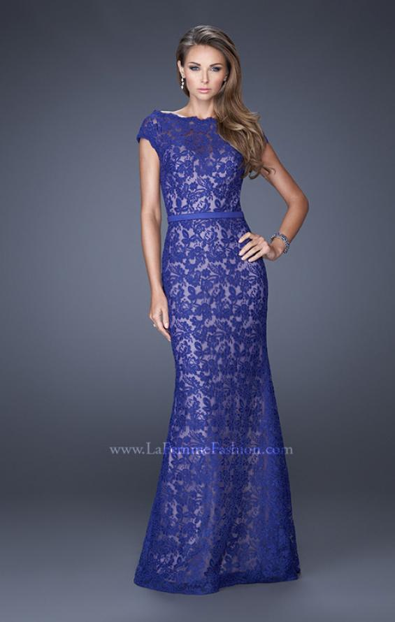 Picture of: Lace Evening Dress with Cap Sleeves and a Thin Belt, Style: 20503, Detail Picture 2
