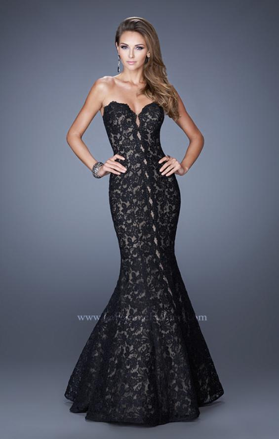 Picture of: Lace Mermaid Gown with Scalloped Lace Trim in Black, Style: 20570, Detail Picture 1