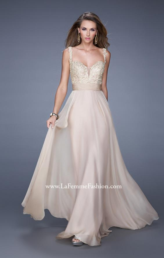 Picture of: Long Chiffon Prom Gown with Sweetheart Neckline, Style: 20709, Detail Picture 3