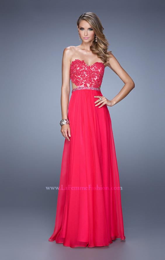Picture of: Long Sweetheart Neck Gown with Lace Appliques and Belt in Red, Style: 20822, Detail Picture 1