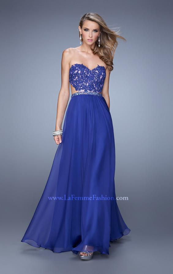 Picture of: Long Sweetheart Neck Gown with Lace Appliques and Belt in Blue, Style: 20822, Detail Picture 2