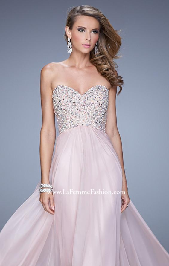 Picture of: Chiffon Prom Dress with Sweetheart Neckline and Pearls, Style: 20952, Detail Picture 4