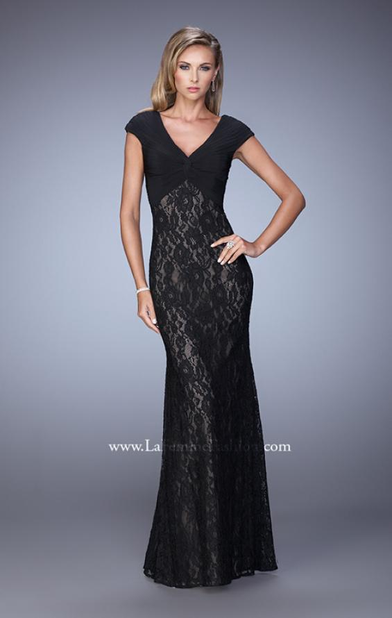 Picture of: Unique Lace Dress with Cap Sleeves and Ruching, Style: 21681, Detail Picture 1