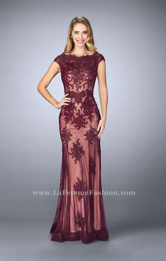 Picture of: Lace Mermaid Prom Dress with Scalloped Neckline in Red, Style: 23059, Detail Picture 1