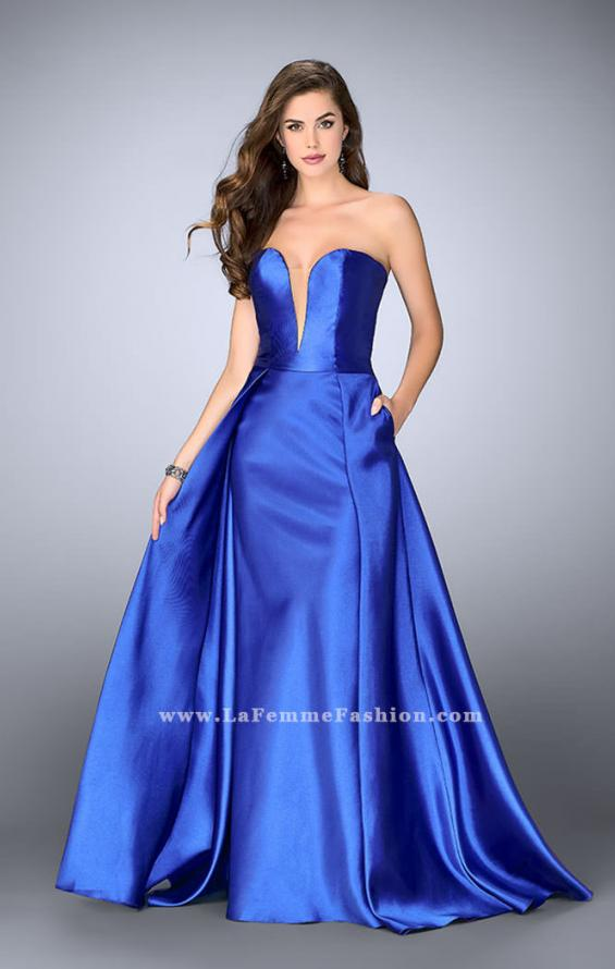 Picture of: Long Cape Dress with a Deep Sweetheart Neckline in Blue, Style: 24467, Detail Picture 5