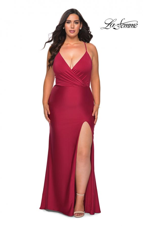 Picture of: Jersey Prom Dress for Curves with Slit and Criss Cross Back in Burgundy, Style: 29022, Detail Picture 3