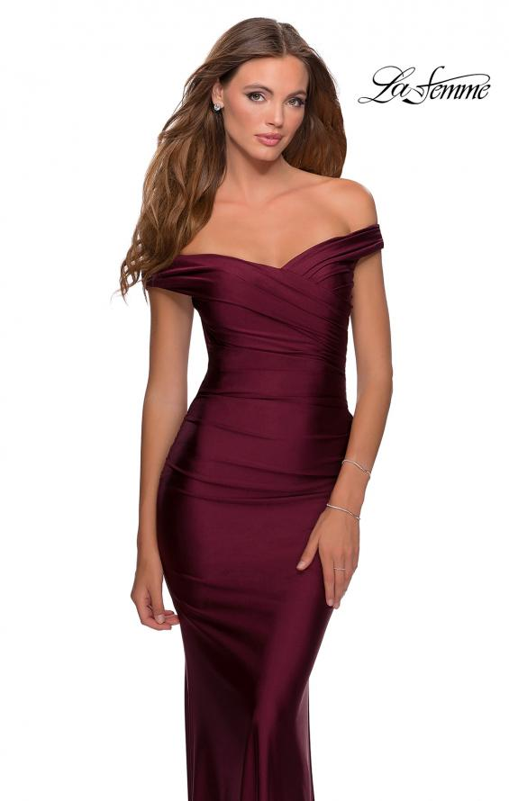 Picture of: Off the Shoulder Prom Dress with Sweetheart Neckline in Burgundy, Style: 28450, Detail Picture 5