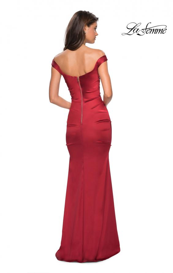Picture of: Off the Shoulder Form Fitting Dress with Exposed Zipper in Red, Style: 27821, Back Picture