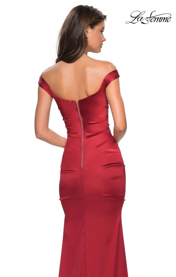 Picture of: Off the Shoulder Form Fitting Dress with Exposed Zipper in Red, Style: 27821, Detail Picture 2