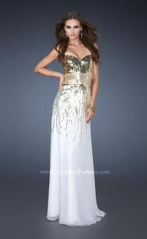 Picture of: Fitted Strapless Dress with Metallic Sequin Detail in White, Style: 18603, Main Picture