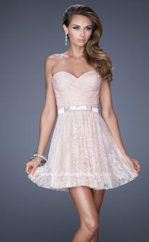 Picture of: Short Dress with Gathered Bodice and Sweetheart Neck in Pink, Style: 20531, Main Picture