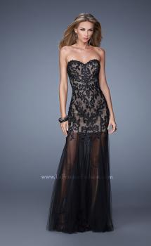 Picture of: Bold Tulle Dress with Sweetheart Neck and Sheer Skirt in Black, Style: 21114, Main Picture