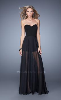 Picture of: Elegant Chiffon Dress with Shorts and Attached Belt, Style: 21339, Main Picture