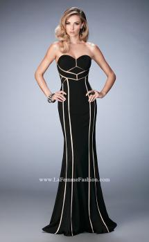 Picture of: Jersey Prom Dress with Sweetheart Neck and Open Back in Black, Style: 22205, Main Picture
