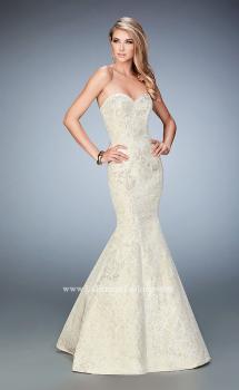 Picture of: Jacquard Mermaid Dress with Sweetheart Neckline in White, Style: 22570, Main Picture