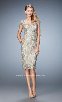 Picture of: Lace Cocktail Dress with Sweetheart Neck and Sleeves, Style: 22986, Main Picture