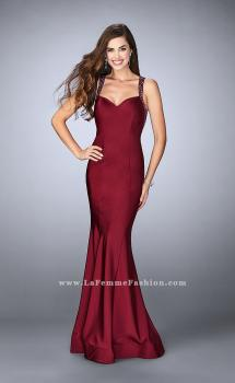 Picture of: Fitted Jersey Dress with Sweetheart Neckline and Beading in Red, Style: 23625, Main Picture